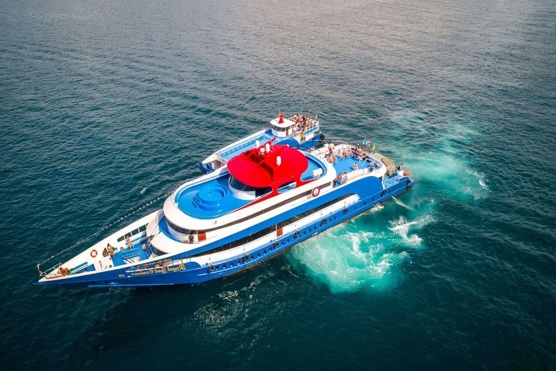 ピピ島ツアー 大型船